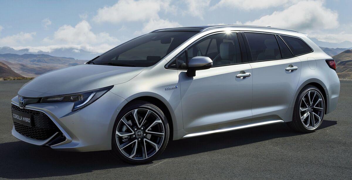 Toyota Corolla Hybrid Hinta